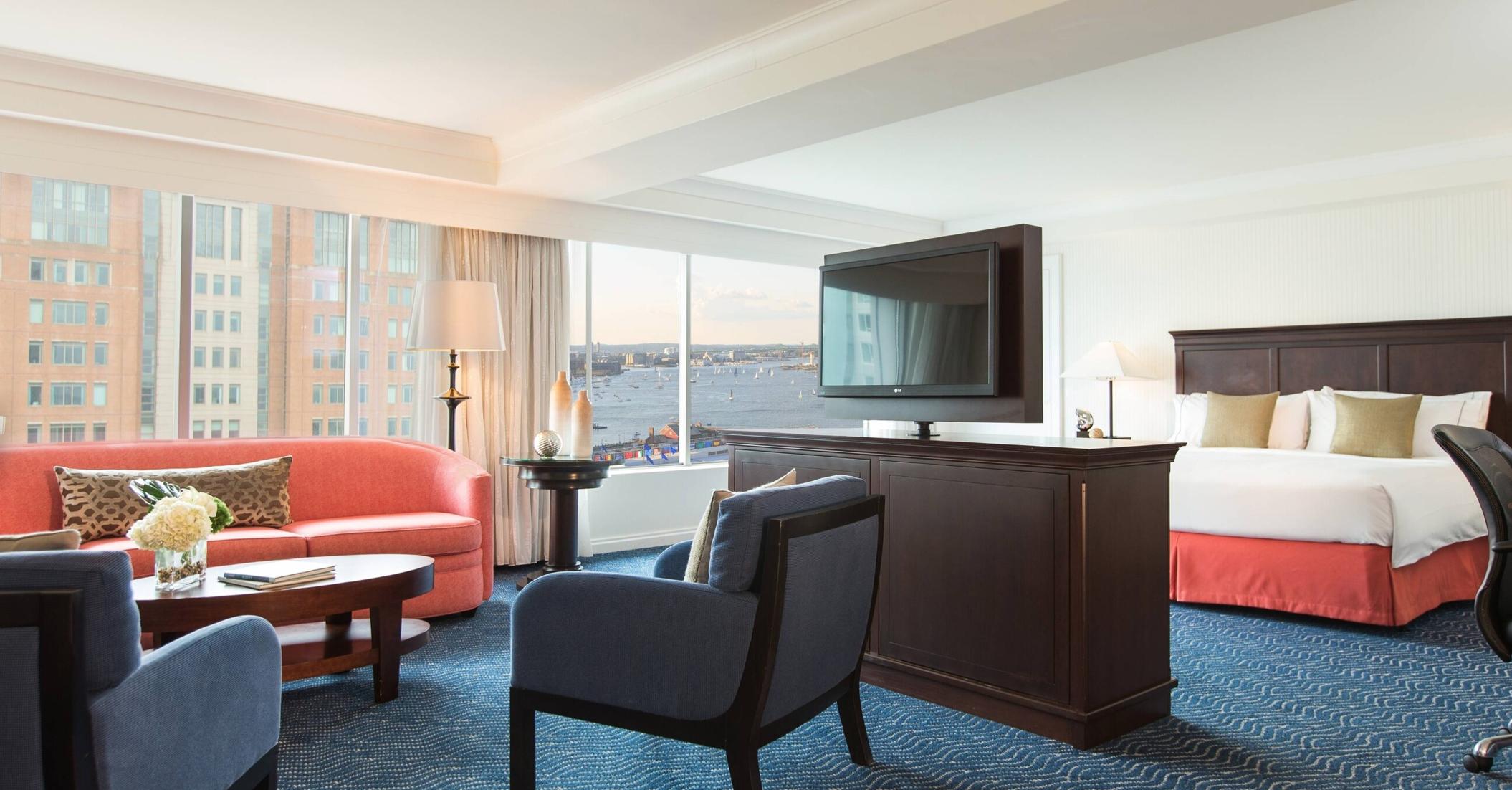 Renaissance Boston Waterfront Hotel View Suite