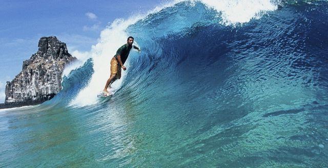 Surfing in Fernando de Noronha