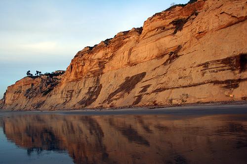 La Jolla, Black's Beach cliffs