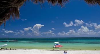 Ocean view from Cancun beach