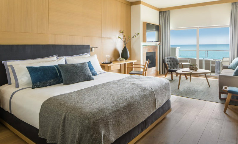 Guest Room @ Malibu Beach Inn