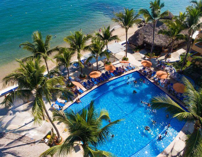 Las Palmas Oceanfront Pool