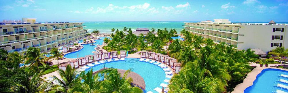 Azul Beach Resort and TUI Sensatori Resort Riviera Puerto Morelos
