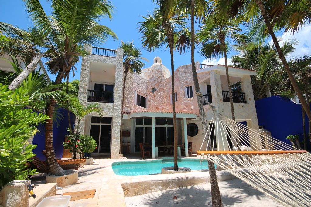 Luxury Akumal Beachfront Vacation Rental