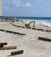 Cancun beach repairs