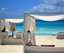 Playa del Carmen beaches, Mamitas Beach Club